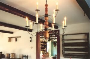 Colonial Custom Wooden Chandelier - CH -121B 2 Tier With 12 Arms
