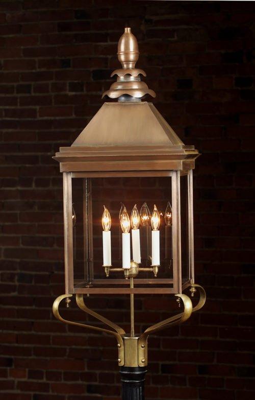 Old English Manor House Copper Post Lantern: Hammerworks Olde English Post Light 922P
