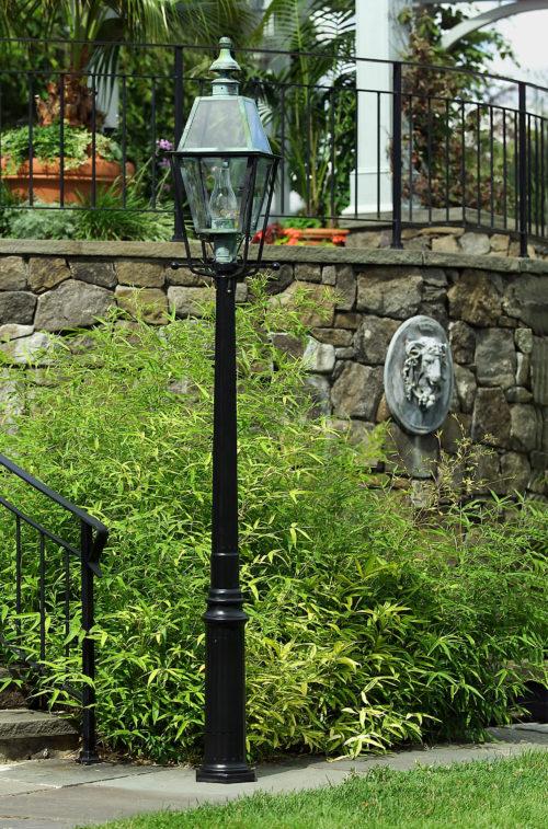 Hammerworks Cast Aluminum Lantern Poles The Colonial