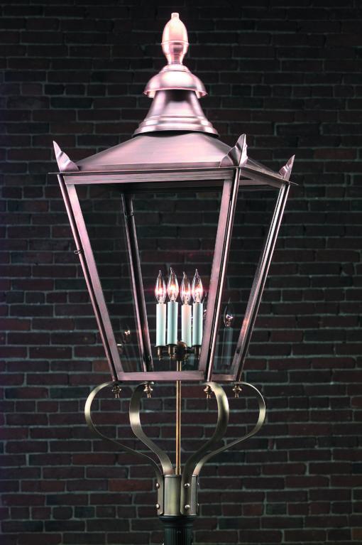 English Street Post Lantern: Hammerworks English Post Light 920P