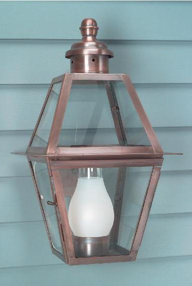 Colonial williamsburg outdoor lighting beautiful for Colonial style outdoor light fixtures
