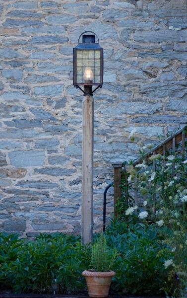 Rustic Lamp Posts Home Ideas