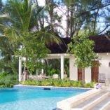 Hammerworks Colonial Wall Lantern W113 Shown On A Bahamaian Pool Cabanna