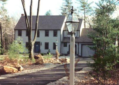 Colonial Post Lanterns: P101