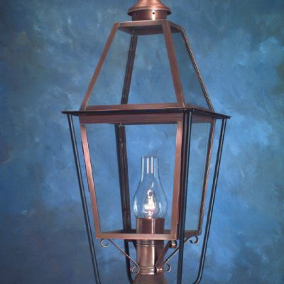 Colonial Style Post Lanterns P111