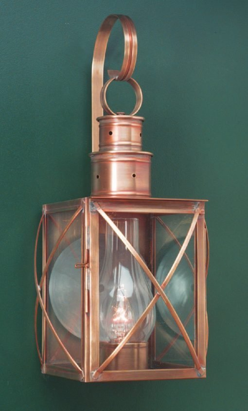 Colonial Reproduction Wall Lantern W104