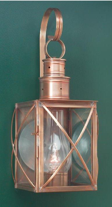 Hammerworks Colonial Reproduction Wall Lantern: Williams Series Model # W104