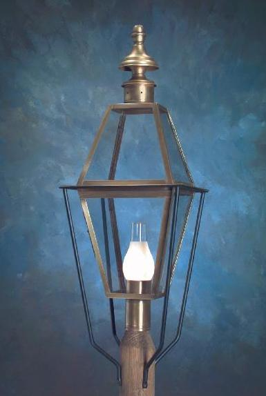 Hammerworks Colonial New England Style Copper Post Lantern - Large Sturbridge P101